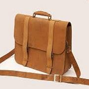 hamyartest - همیار تست - نمونه سوال و آزمون آنلاین - سوال دوزنده کیف چرمی با دست