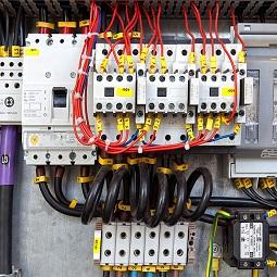 hamyartest - همیار تست - نمونه سوال و آزمون آنلاین - سوال راه اندازی موتورهای الکتریکی با کنتاکتورها